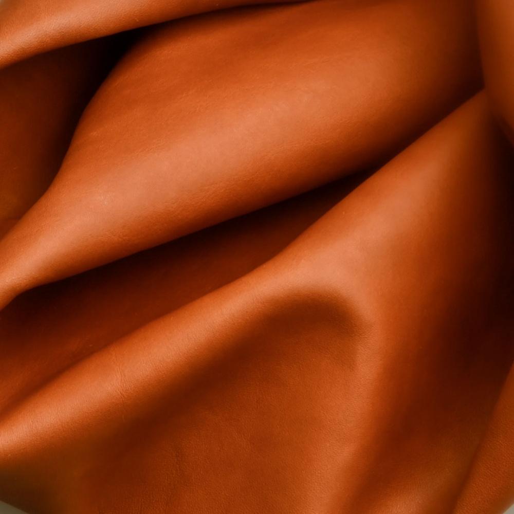 maine articolo della conceria tempesti colore cuoio